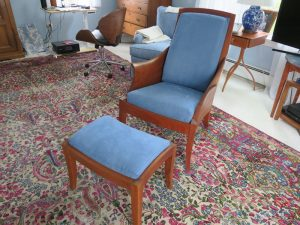 Thomas Moser Chair | Joe Gramm upholsterer | Cape Cod Upholstery Shop South Dennis, MA