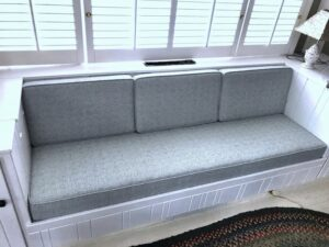 """Built-in bench seating 
